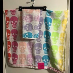 Betsey Johnson Skulls Bath Towel 2 piece Set
